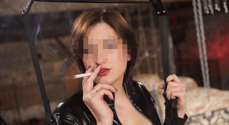 mistress smoking fetish